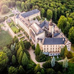 Foto Chateau Hotel Zbiroh