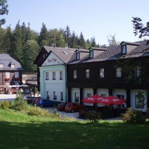 Foto Hotel Džbán