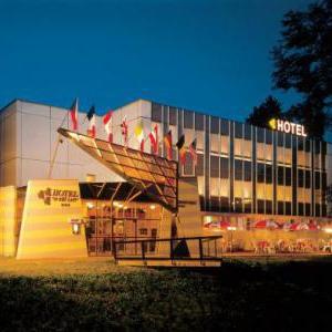 Foto Hotel U Tří Lvů